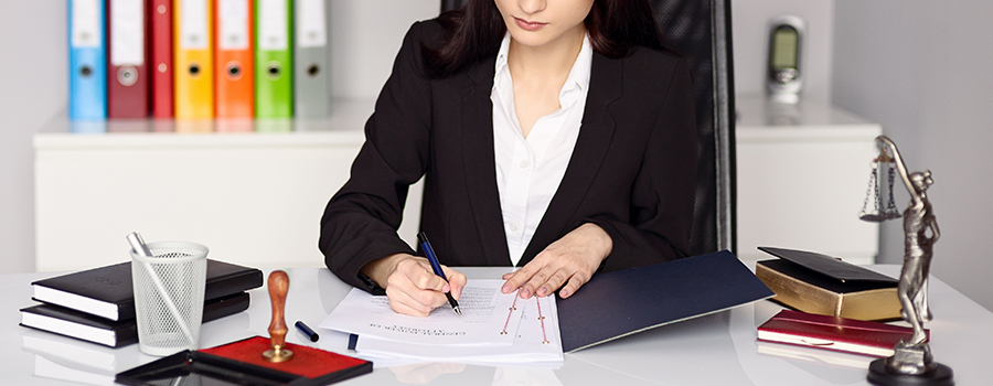 Maître Julia Azria, avocat généraliste