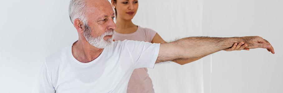 L'accompagnement et le traitement ostéopathique du sénior