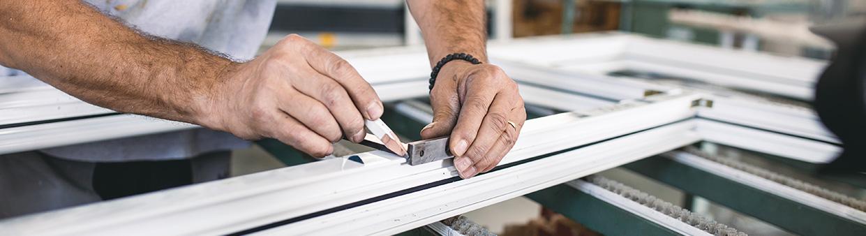 Fabrication et installation de fenêtre