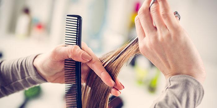 Une coupe de cheveux sur-mesure et un soin de qualité