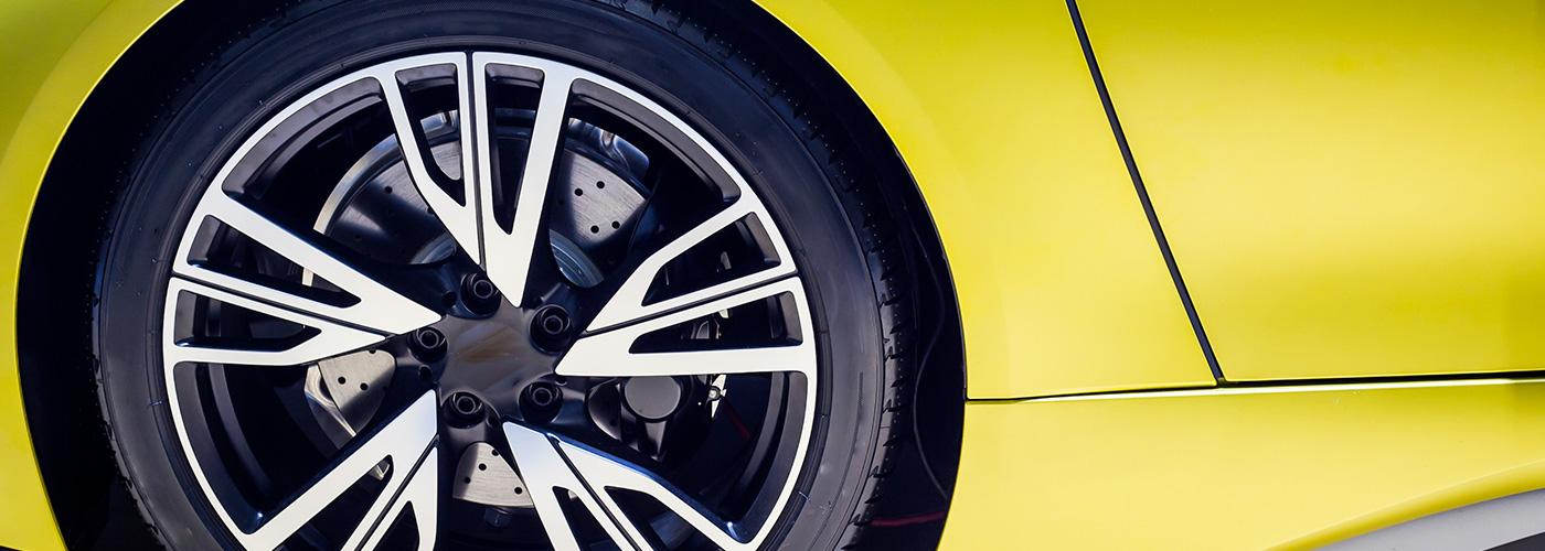Le démontage et montage de pneu neuf