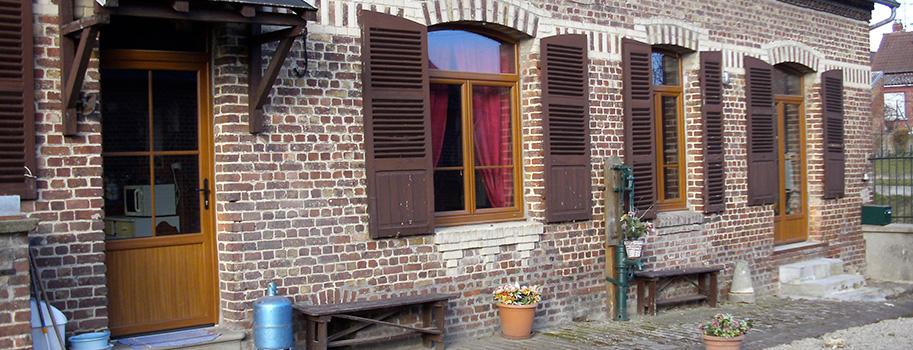 Menuisier à Saint-Quentin – Porte, fenêtre, volet et isolation