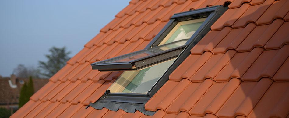 Les étapes de la pose d'une fenêtre de toit