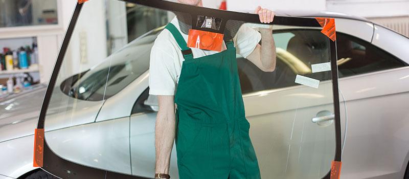 Pare-brise et vitrage – Garage auto à Paris (quartier Ternes)