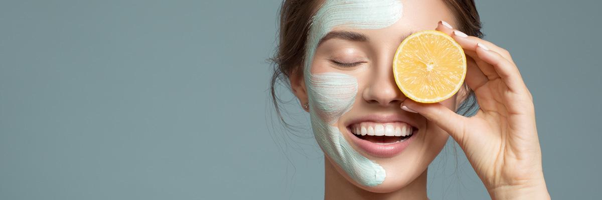 Les produits pour le visage et les cosmétiques