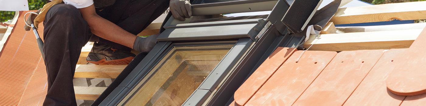 La pose de fenêtre de toit