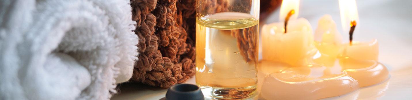 Le massage aux huiles chaudes