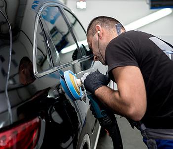 La réparation de la carrosserie et des plastiques