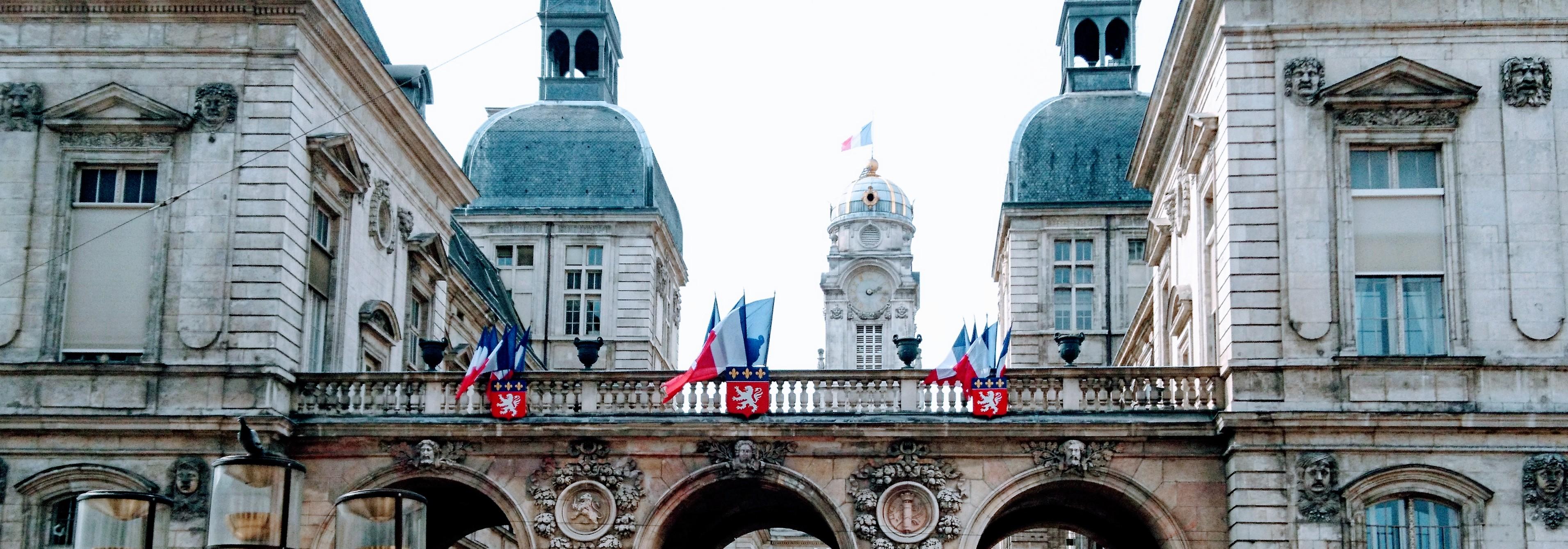 Avocat en droit administratif au Barreau de Lyon