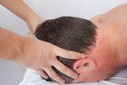 L'ostéopathie, un traitement naturel contre les migraines