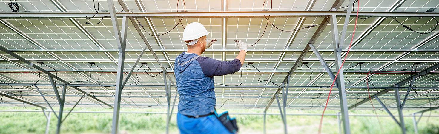 Dépannage des connectiques et raccordements des panneaux solaires à Clermont-Ferrand