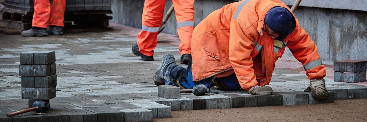 Les travaux de terrassement du terrain à Charleroi