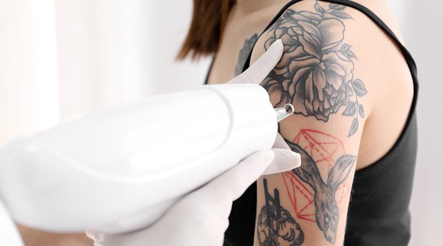 Soin & hygiène du tatouage à Marseille - Salon de tatouage et d'esthétique