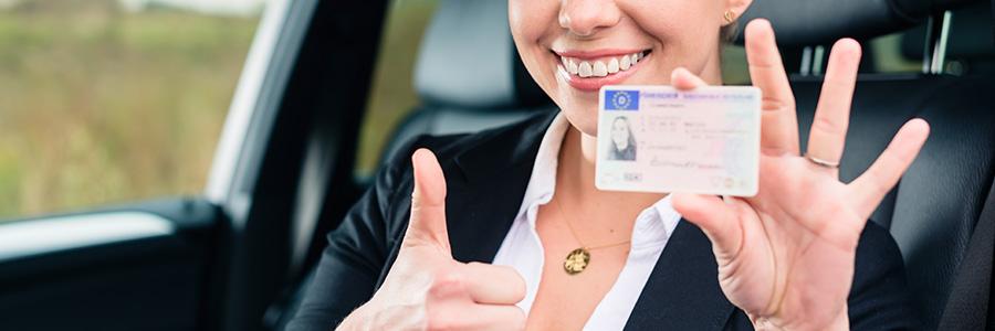Candidat au permis - Location de voiture auto-école à Paris
