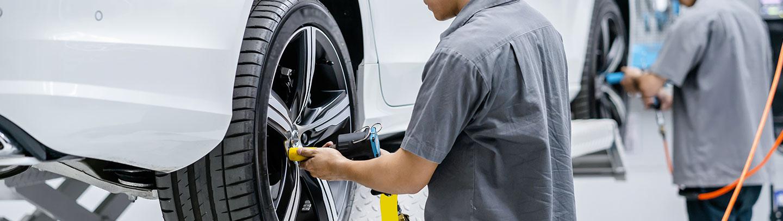 Le montage de pneus neufs