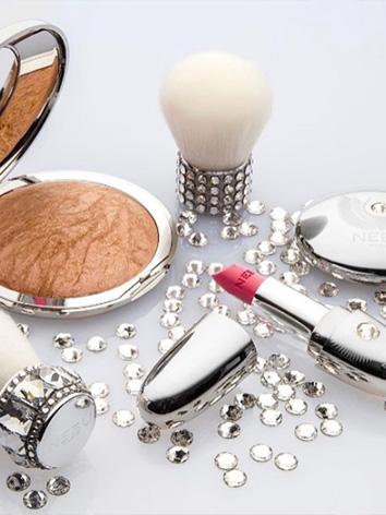 Maquillage à Cannes – Institut de beauté & concept store