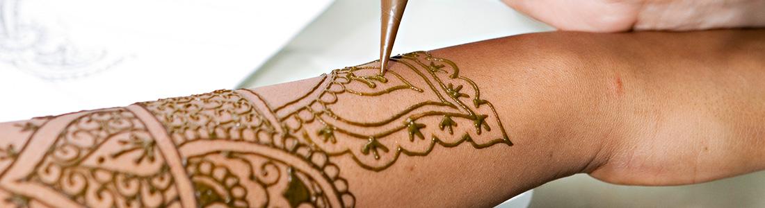 Les tatouages au henné