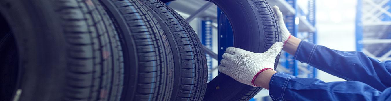 Garage en pneumatiques
