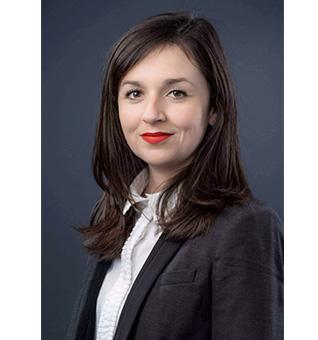 Maître Nina Baudiere-Servat