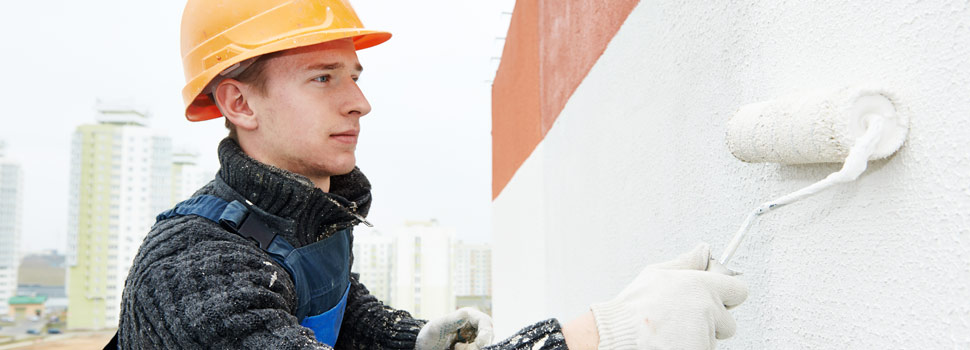 L'application de peinture de façade