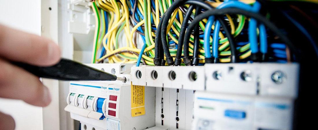 Installation et réparation électrique à Prisches – CFE Service