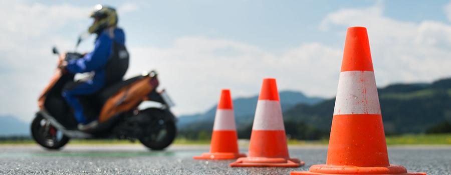 Le maniement et la maîtrise de la conduite à moto