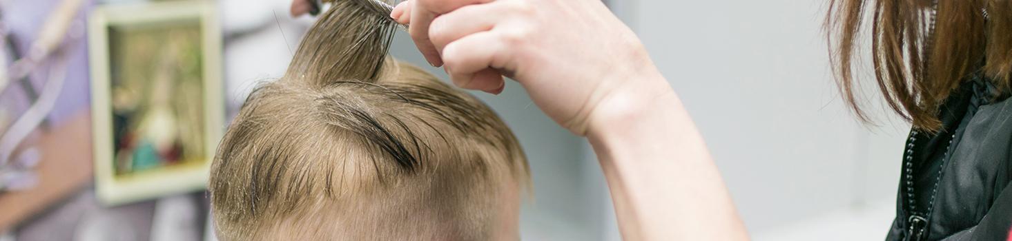 La coupe de cheveux pour les garçons