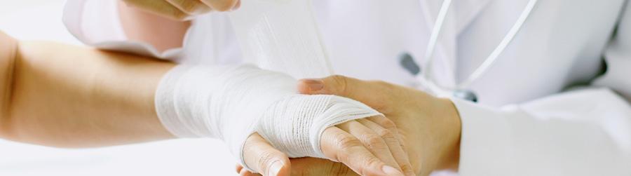 Les pansements et le traitement des plaies