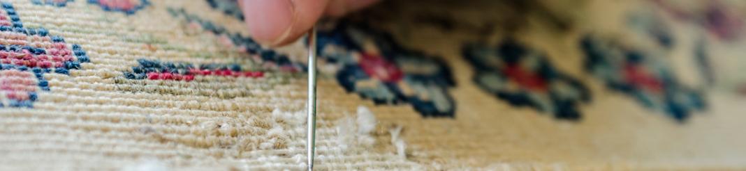 trou ou déchirure dans le tapis