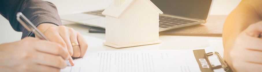 Avocat en droit immobilier à Bruxelles – <em>Madlin Yaramis</em>