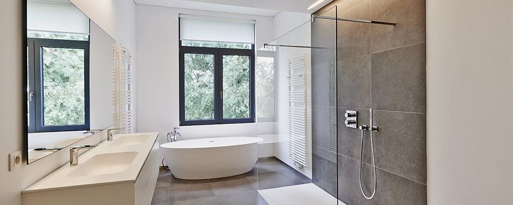 La conception et la pose de salle de bains