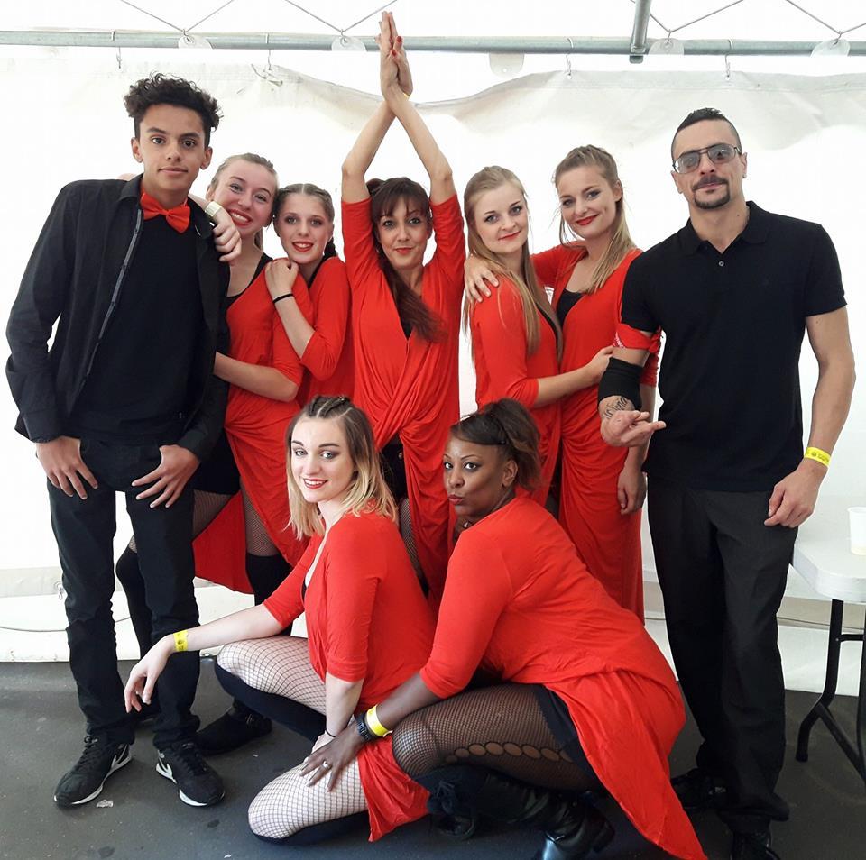 Les cours de danse collectifs regroupés par âge