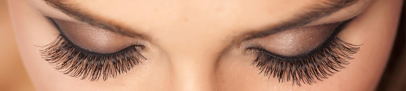 Teinture des cils et des sourcils