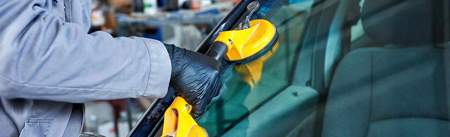 Réparation de pare-brise (Issoire, Billom & Aurillac) – Franchise Mondial Pare-Brise