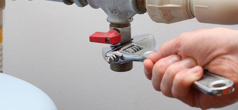 L'installation et le raccordement des équipements sanitaires