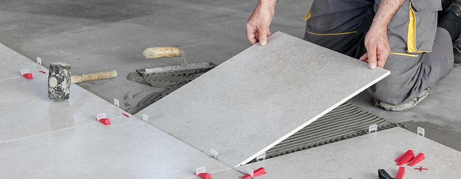 Le revêtement des sols intérieurs et extérieurs