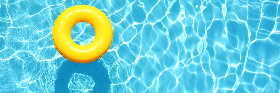 Des accessoires de piscine pour améliorer votre confort