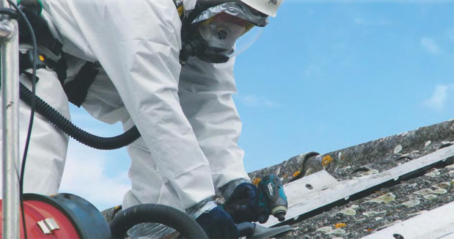 Désamiantage de la toiture à Chenôve - Attila Dijon Ouest